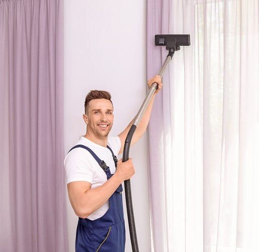 Drapery and Curtain Cleaner in Brisbane